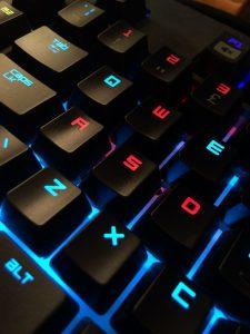 Meilleurs claviers gamer : tests, avis et comparatifs