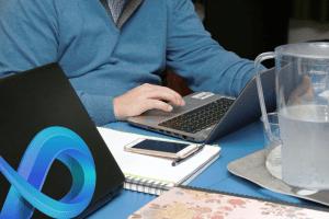 Messageries collaboratives : à qui profite la pandémie du coronavirus entre Microsoft et Slack ?